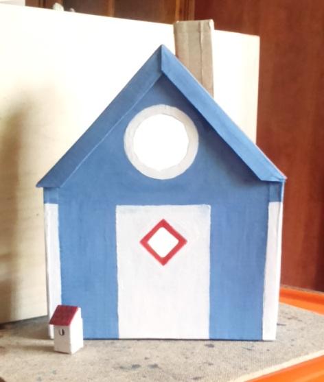 Bergen blue birdhouse