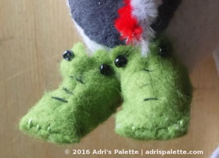 aligator slippers