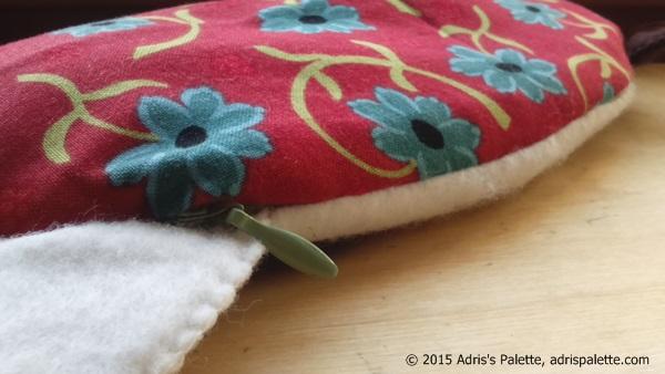 eye pillow grumply cat zipper
