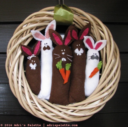 Easter wreath bunnies